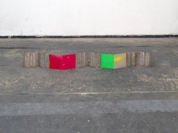 reef  174 x 20 x 12 cm  spray and pigment on aluminum