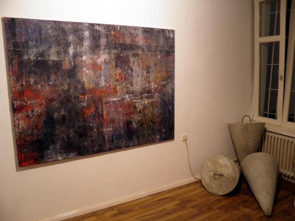 Pascual Jordan Öl auf Leinwand, 2010  Rimantas Milkintas Equilibrium Betonkegel, 120*50cm, 2012