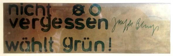 Joseph Beuys Messingplatte zum Wahlkampf 1980