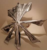 Ohne Titel Schirm, Spray ca 120 x 120 x 90 cm, 2009